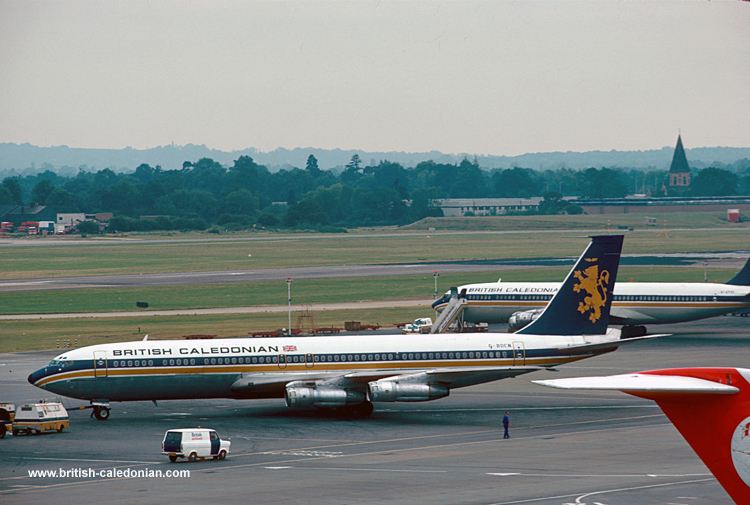 B707 G-BDCN with AYSI behind